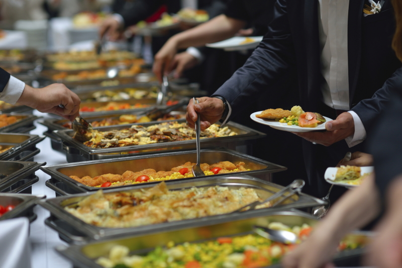Factors To Take Into Consideration When Finding The Best Catering Company